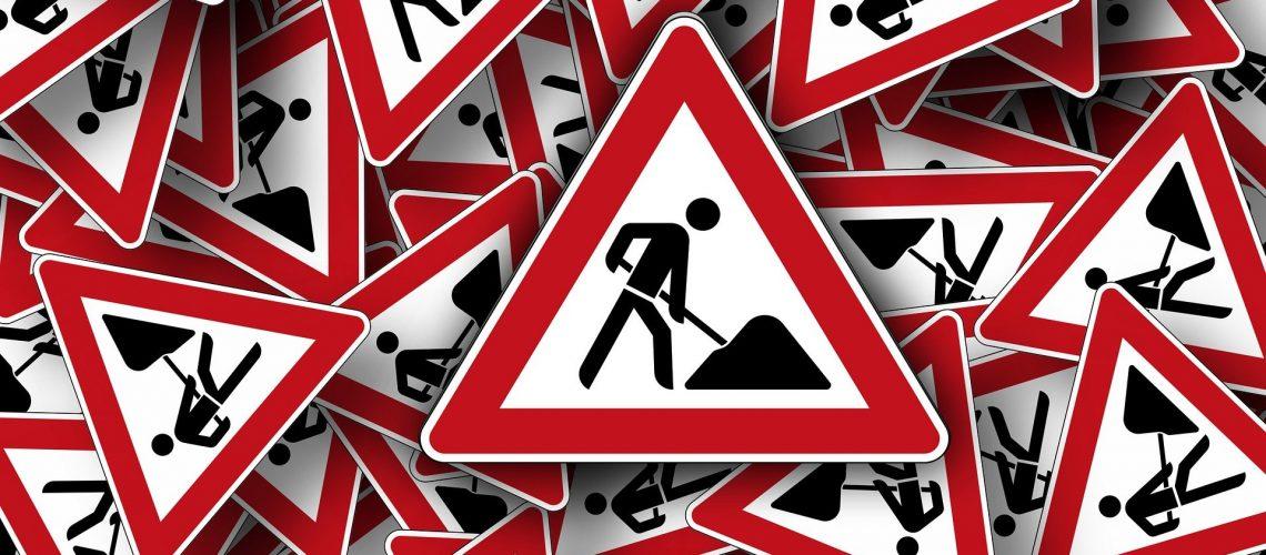 traffic-signs-663360_1920